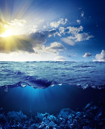 wasserlinie: Sky, Wasserlinie und Unterwasser Hintergrund