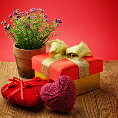 heart shaped stuff: Heart, Valentines Day gift box and flower