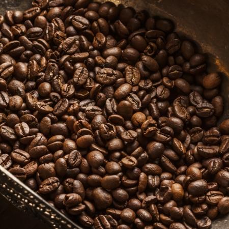best coffee: Coffee on grunge wooden background