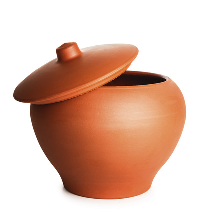 clay pot: stew clay pot isolated with path