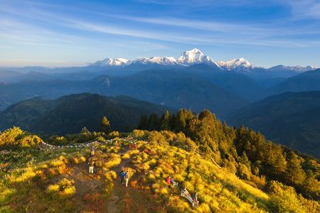 Il paesaggio alpino da poon hill, Nepal