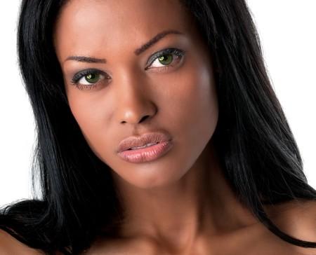 Portret van jonge model zoek zijn zeer intensief.