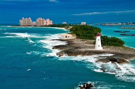 bahamas: Weergave van de vuur toren in Nassau, Bahamas en toeristische centra in de stad,  Stockfoto