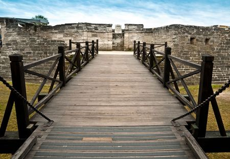 marcos: View of entrance bridge of San Marcos Castle, National Monument, in Saint Augustine, Florida.