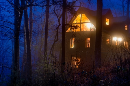 lodges: View of tipycal cabin log in the Smoky Mountain National Park area