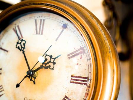 old fashion metal wall clocks 스톡 콘텐츠