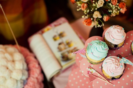 sugarcraft: Vintage Cupcakes on a stand Stock Photo