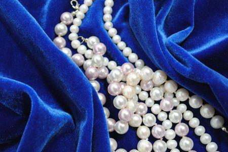 pearl on turn blue velvet