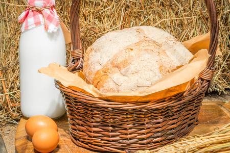 productos naturales: Aún-vida de los productos naturales en la decoración agrícola Foto de archivo