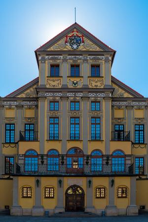 ordinate: The palace and park ensemble of the XVI-XIX TTFS. in Nesvizh Nesvizh belongs to the first ordinate Nicholas Christopher Radziwill Orphan (1549 - 1616). Start of construction refers to the beginning of 1583 in XVI%u0406. Construction work has been largel