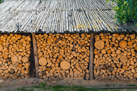 woodshed: barn with a wood reserve in the village
