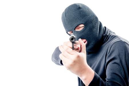 Bandit In Schwarzer Kleidung Zeigt Waffen, In Höhe Von Lösegeld Für ...