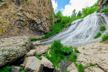 horizontal landscape photograph of Armenia, Jermuk waterfall Mermaid Hair Stockfoto