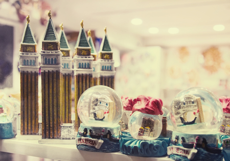 venecian: Figurines of attractions and Snowglobes - souvenirs from Venice, Italy