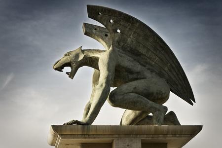 gargouille: C�t� Gargouille