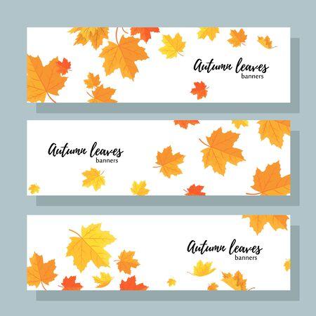 Ensemble de trois bannières horizontales avec des feuilles d'érable d'automne. Collection de modèles pour les ventes d'automne avec texte. Vecteurs