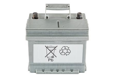 Symbolisch de roep om bescherming van het milieu door de recycling van lood-zuur batterijen, op een witte achtergrond