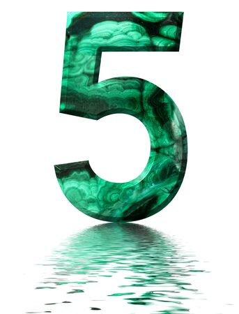 Arabic numeral 5, five, from natural green malachite, reflected on the water surface, isolated on white, 3d render Stockfoto