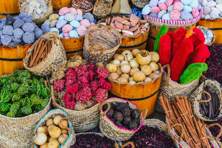 Close up of baskets of spices market, Egypt. Stockfoto