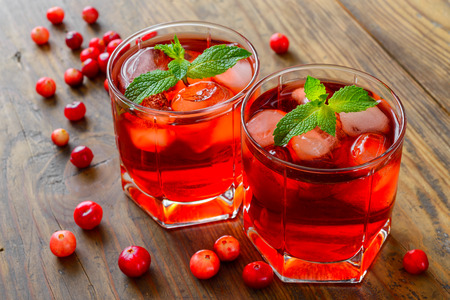 cranberry cocktail with ice photo