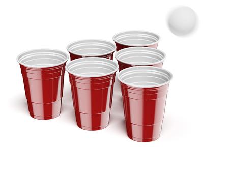 ping pong: Beer Pong Juego de beber aislados sobre un fondo blanco Foto de archivo