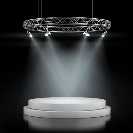 검은 배경에 고립 된 반점 빛에있는 빈 무대. 3d 렌더링
