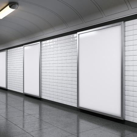 verticale billboards op metrostation