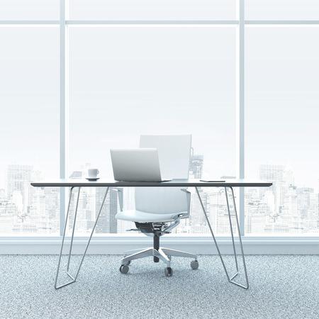 Moderne werkplek in het kantoor met ramen