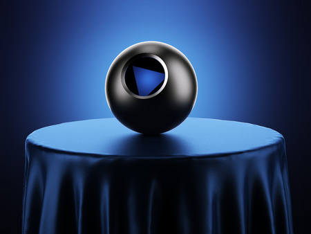 pelota: Magic 8 Ball en la mesa Foto de archivo