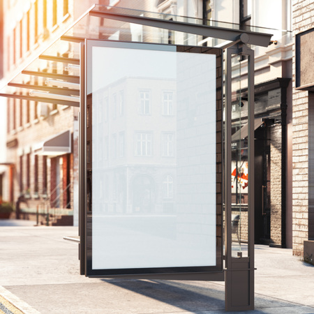 白紙の横断幕とバス停。明るい一日。3 d レンダリング