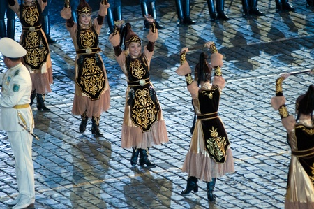 spassky: Russia, Moscow, Red Square, September 4, 2010., mezhdunrodny military music festival Spassky Tower Dancers of an orchestra of a guard of honor of Republican guards of Kazakhstan