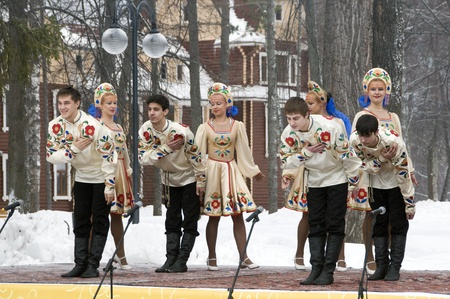 MOSCOW - FEBRUARY 25  Russian ensemble concert  Russian Song  for the Celebration of Shrovetide, a traditional Russian holiday  pancake week, maslenitsa  on Feb  25, 2012 in Moscow, Russia   Stock Photo - 12790407
