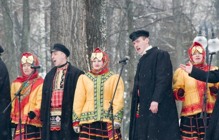 MOSCOW - FEBRUARY 25  Russian ensemble concert  Russian Song  for the Celebration of Shrovetide, a traditional Russian holiday  pancake week, maslenitsa  on Feb  25, 2012 in Moscow, Russia   Stock Photo - 12790403