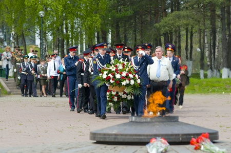 Laying a wreath at the eternal flame