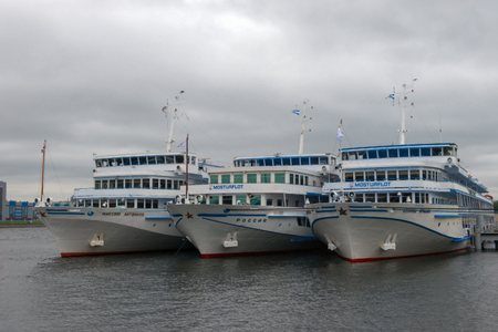 RUSSIA, SAINT PETERSBURG - AUGUST 18, 2017: Berth Utkina Zavod. White cruise ships moored to the pier Redakční