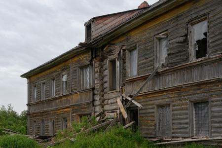 An old dairy farm building. Sergievsky skete. Muksalma Island. Solovetsky archipelago, White Sea Coast, Russia Reklamní fotografie - 122280363
