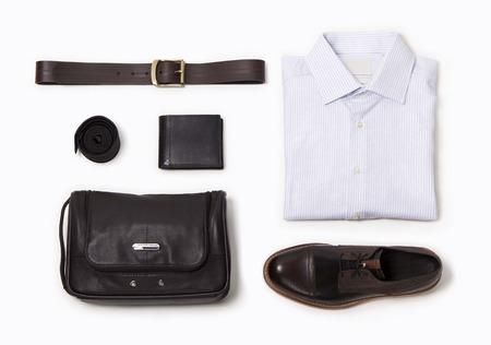 Collection de vêtements pour hommes de bureau sur fond blanc banque