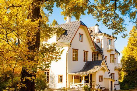 Manor of the artist Polenov in autumn