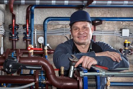 fontanero: Retrato del ingeniero de plomería