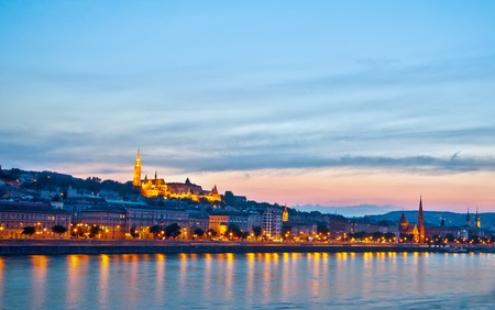 bastion: Night panorama of Buda with Matthias Church and Fishermen's Bastion Stock Photo