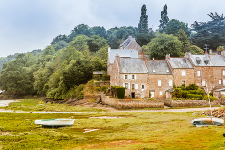 bretagne: Brittany Bretagne coastline at low tide, France