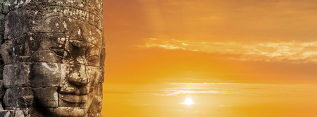 Bayon face over sunset, Angkor wat Cambodia, 스톡 콘텐츠