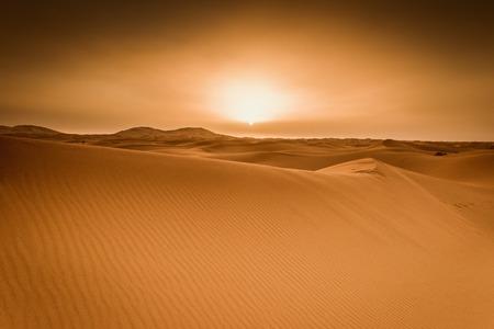 Maestosa bella scena delle dune di Merzouga del deserto del Sahara in Marocco. Archivio Fotografico