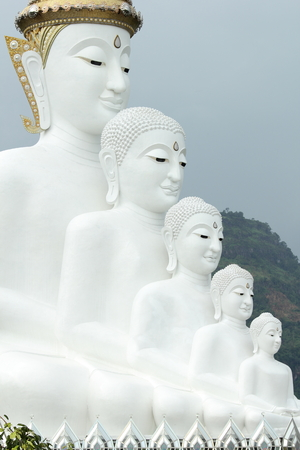 assassinate: His fifth Buddha  Created to give a royal bow to attend a charity.  On the occasion of celebrating the 85th Anniversary of inciting to assassinate the King.