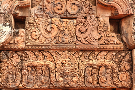 ancient civilisations: Lintel in Banteay Srei Castle Rock is regarded as the most picturesque in the country. Castle is the only completed more than 1000 years, but the pattern is clear and sharp.
