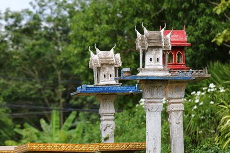 Shrine according to the Hindu belief that is worshiped in Thailand Imagens