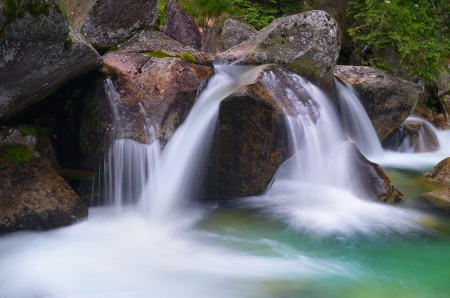 cascade mountains: Beautiful cascade mountain river  little Falls
