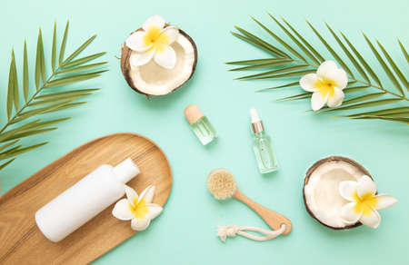 Aromatherapy and massage brushes for beauty and health. Banque d'images