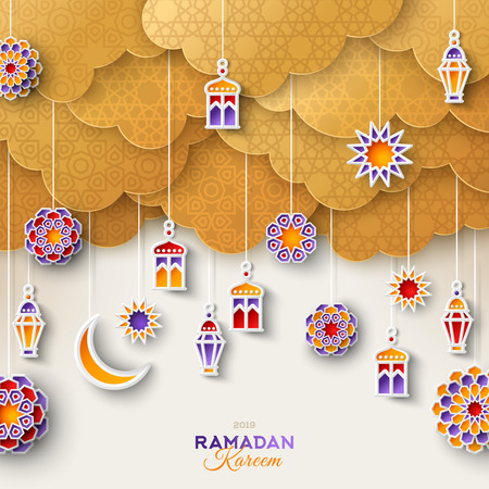 Ramadan gold clouds and lanterns Foto de archivo - 121749746