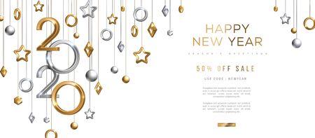 Banner di Natale e Capodanno con palline 3d dorate e argento appese e numeri 2020 su sfondo nero. Illustrazione vettoriale. Decorazioni geometriche per le vacanze invernali
